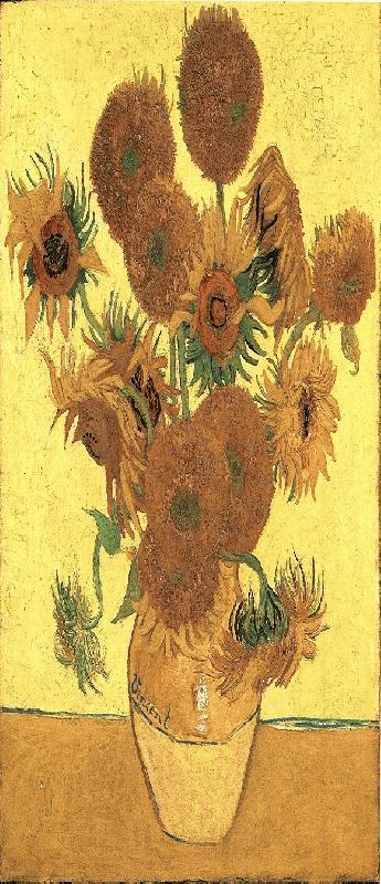 005 Vijftien zonnebloemen in een vaas