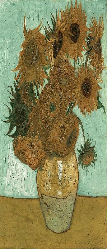 002 Twaalf zonnebloemen in een vaas