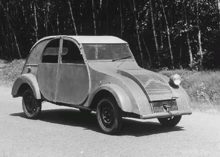 000 1939 Citroen 2CV Prototype lg