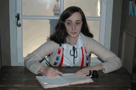 004 Anne Frank madame tussauds