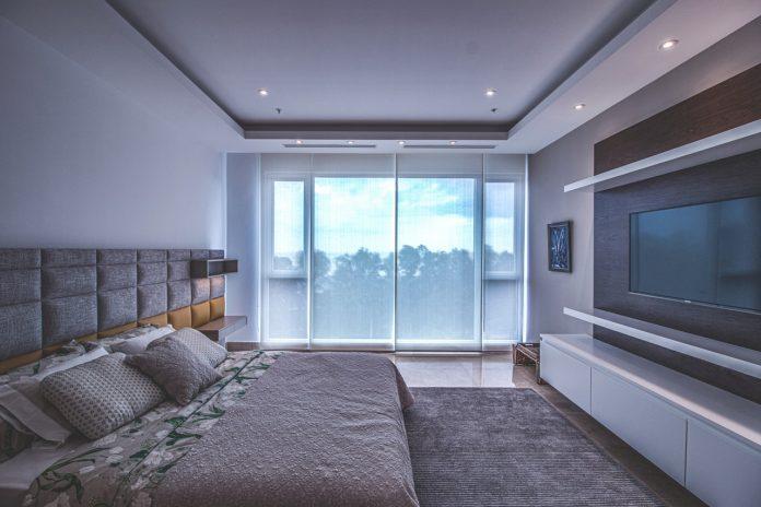 televisie slaapkamer
